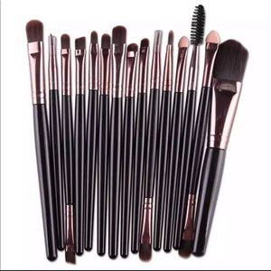 ❤️ 15pcs Makeup Brushes Set 10366